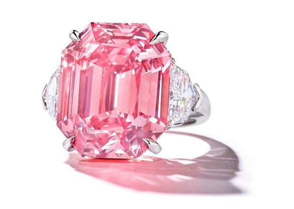 084725c1d67 Diamante Pink Legacy bate recorde em leilão