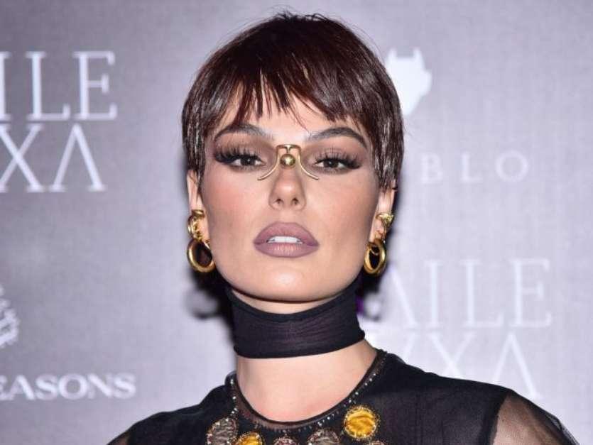 A atriz Isis Valverde no'Baile da Bruxa'. Foto: AGNews / PurePeople