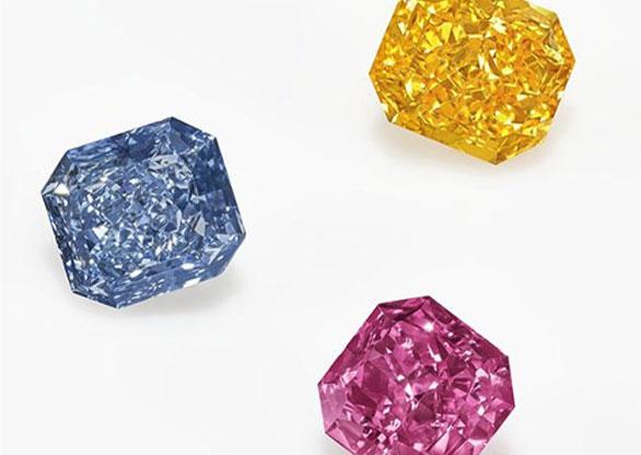 trio de diamantes coloridos Christie's